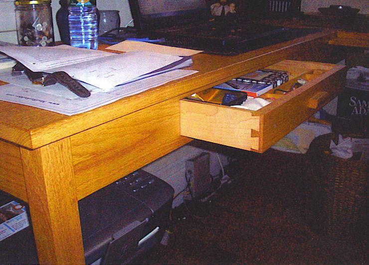 oak-desk-drawer-detail