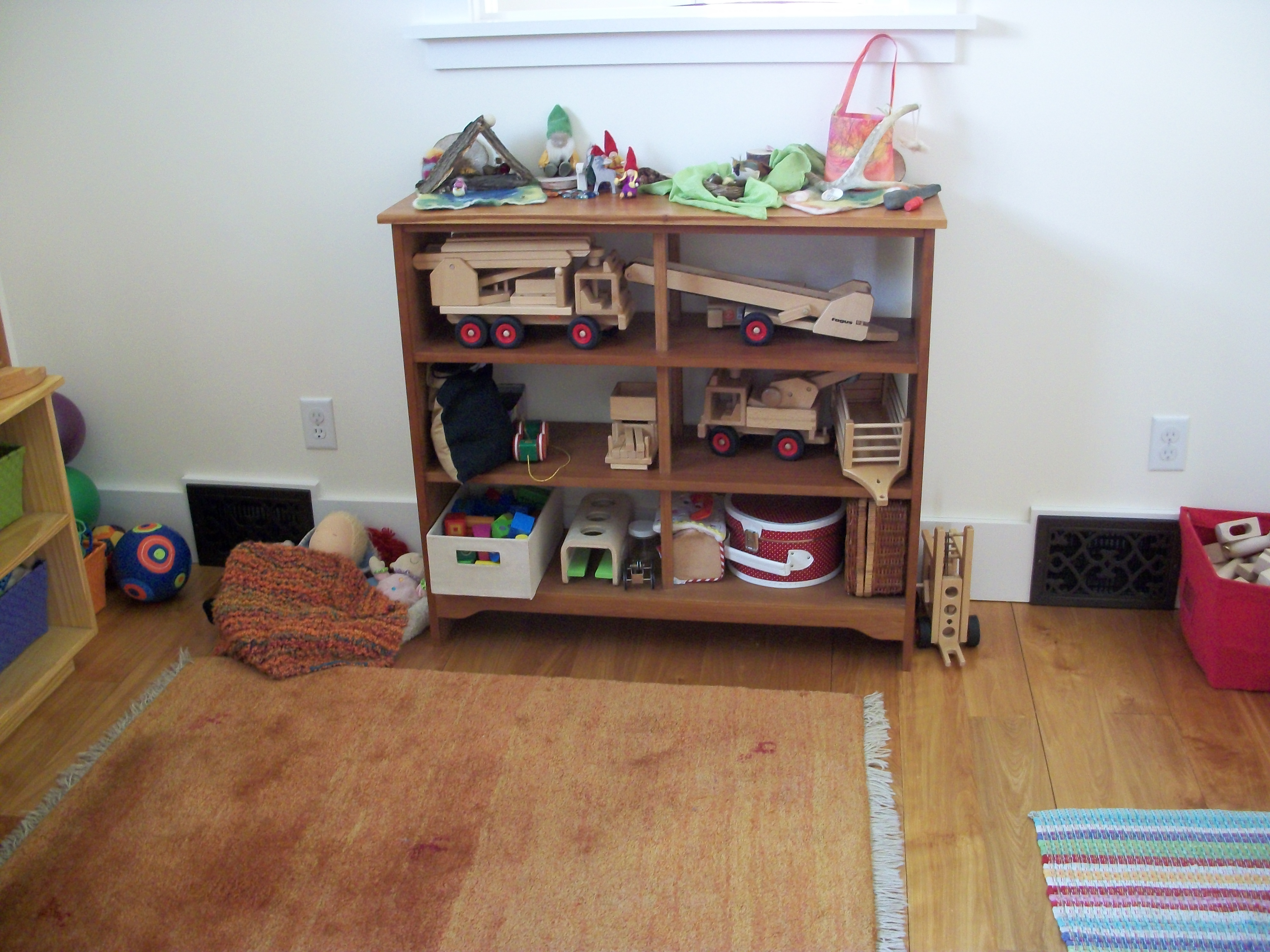 toy-shelves